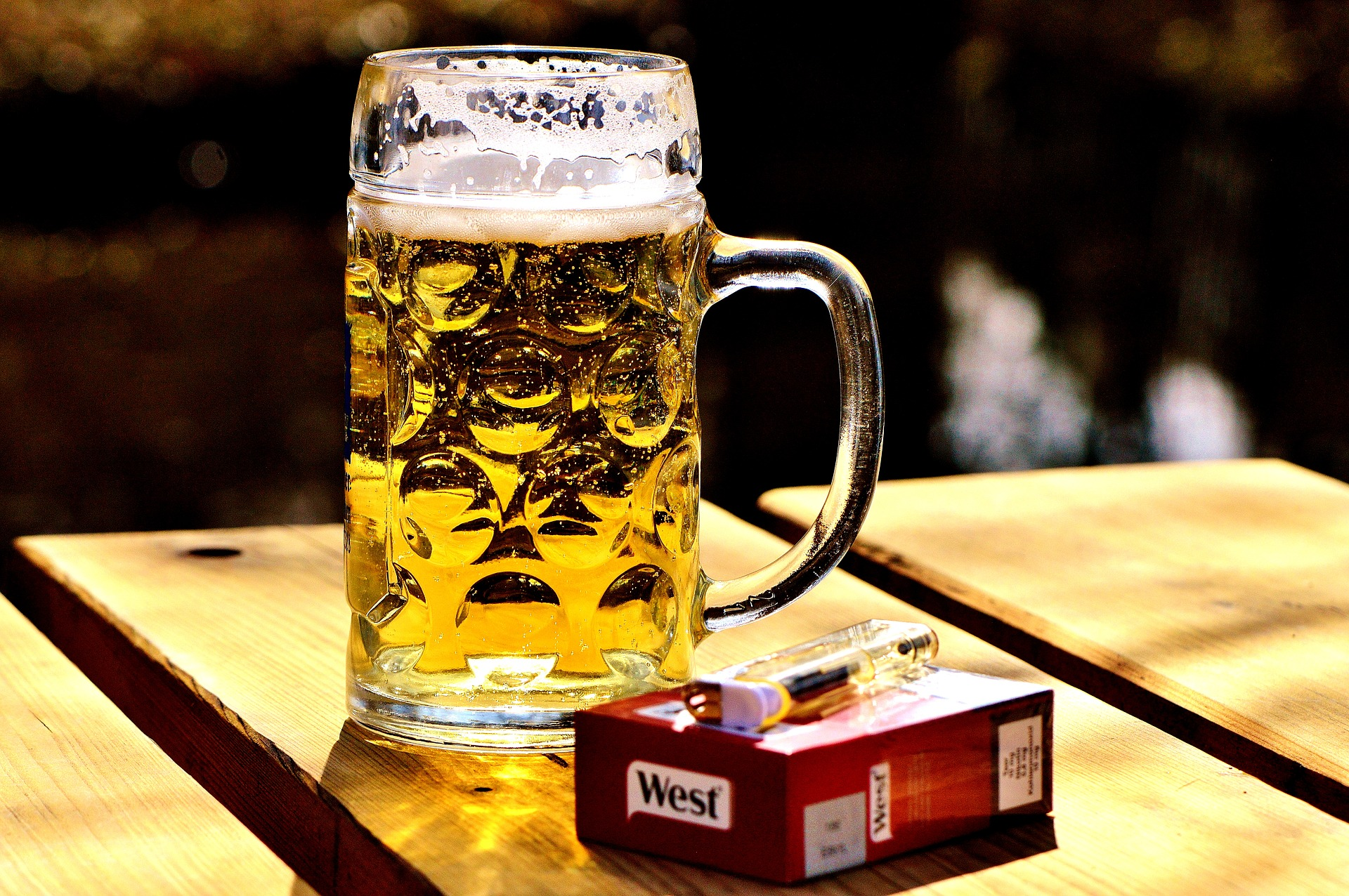 How Smoking and Drinking Affect Male Fertility